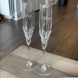 Things remembered Mr and Mrs Champagne Flutes